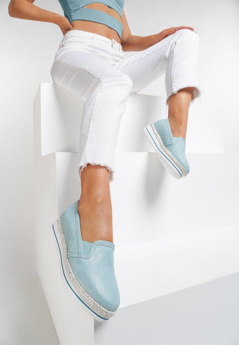 Niebieskie Slip On Essential Flavour