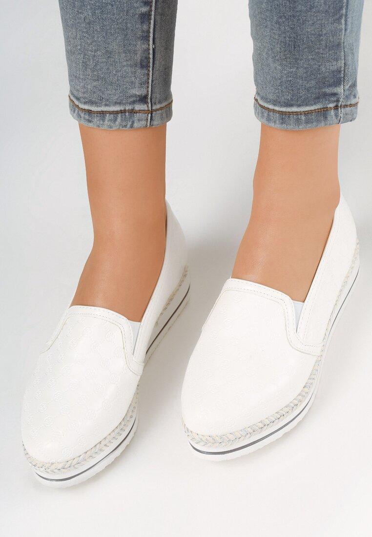 Białe Slip On Hery