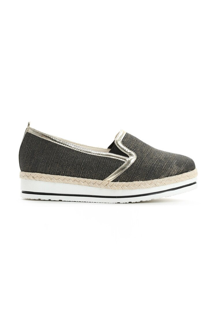 Czarne Slip On Naris