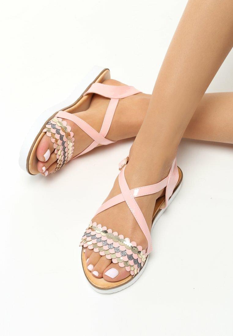 Różowe Sandały Pump It