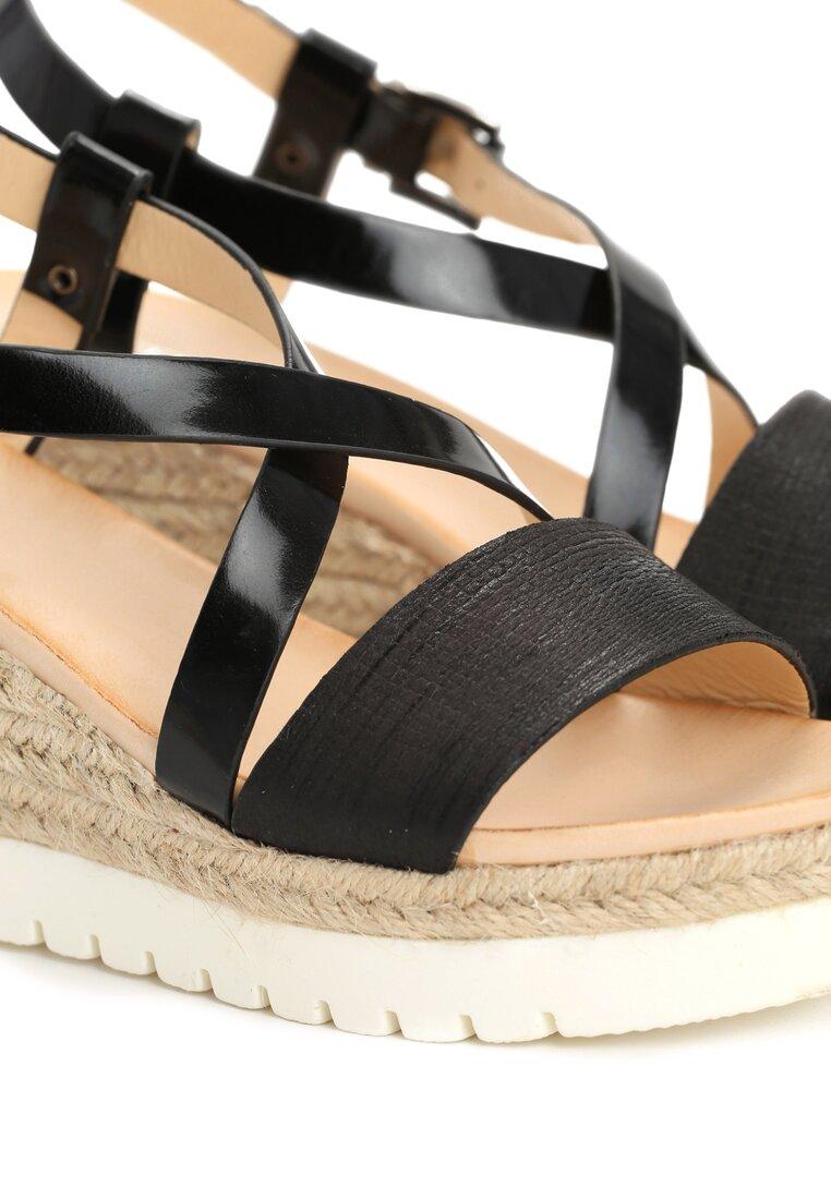 Czarne Sandały Chosen