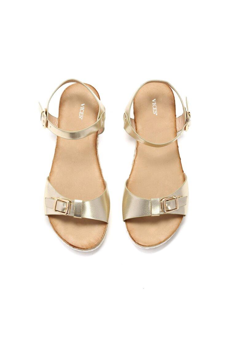 Złote Sandały One More