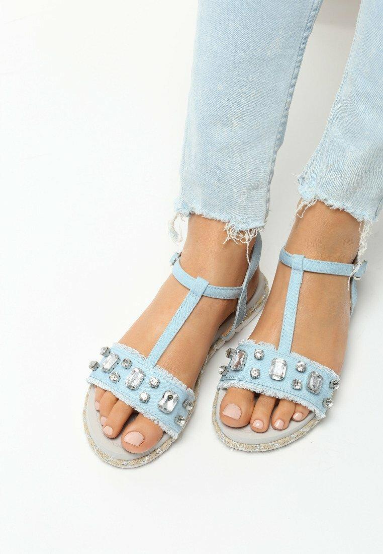 Jasnoniebieskie Sandały Fortitude