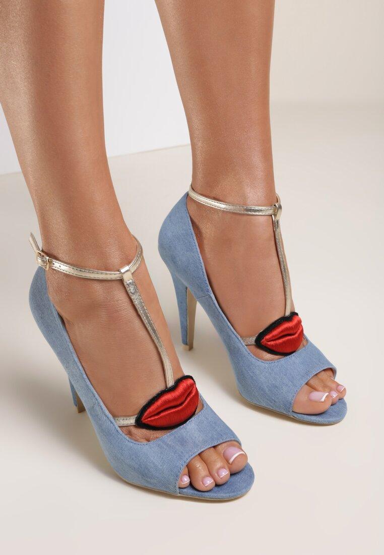 Jasnoniebieskie Sandały Checker