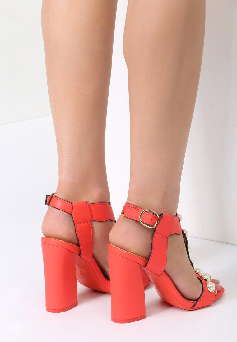 Czerwone Sandały Strange Love