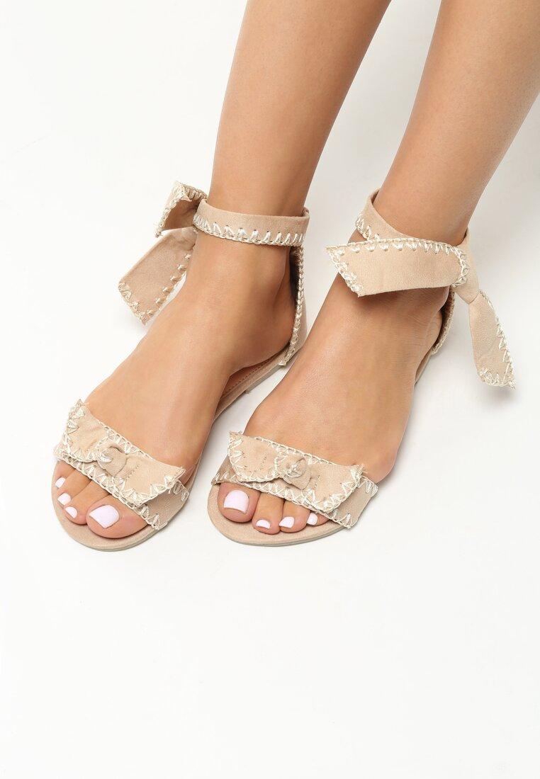 Beżowe Sandały Luxury