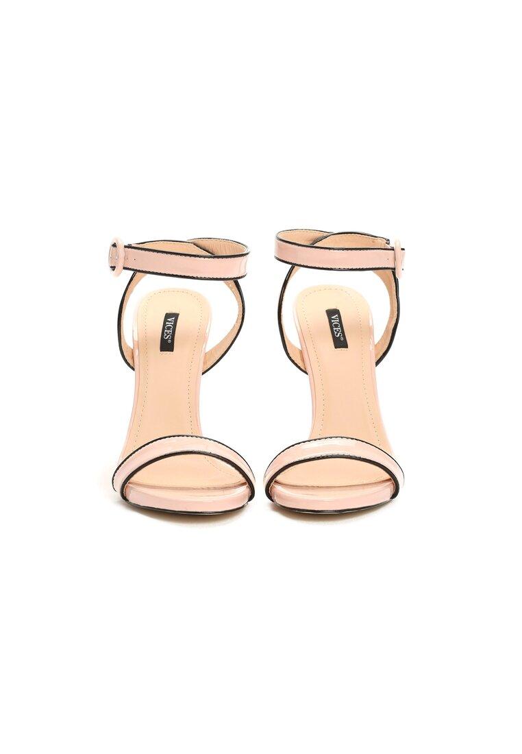 Różowe Sandały Stunned