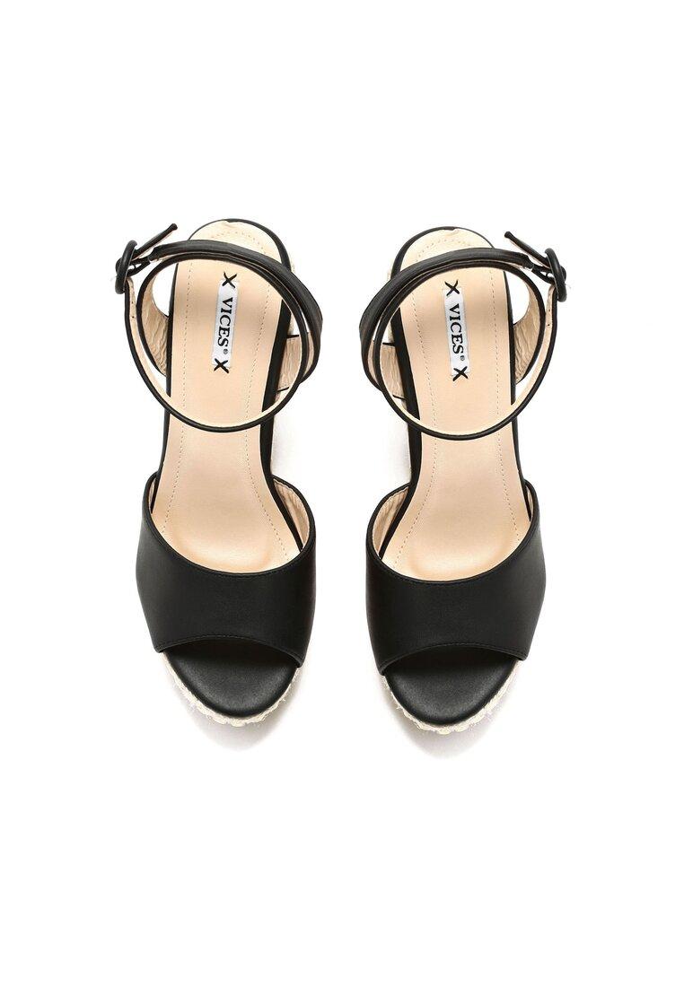 Czarne Sandały Kirne