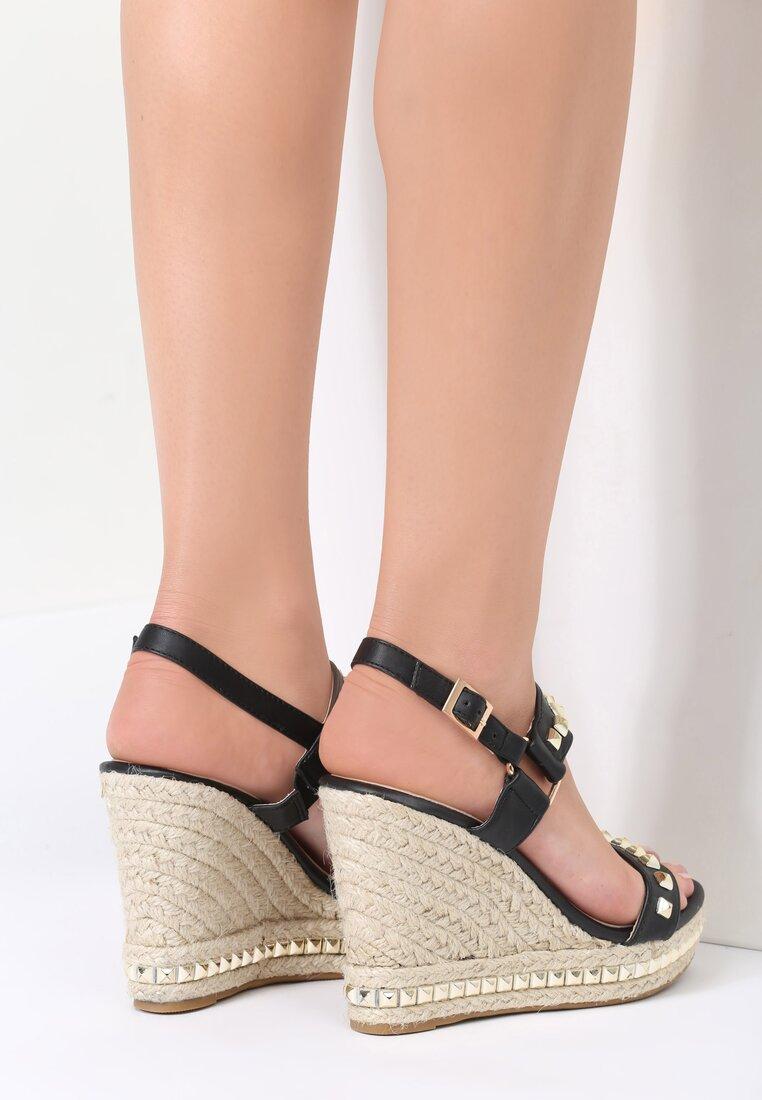 Czarne Sandały Amazed