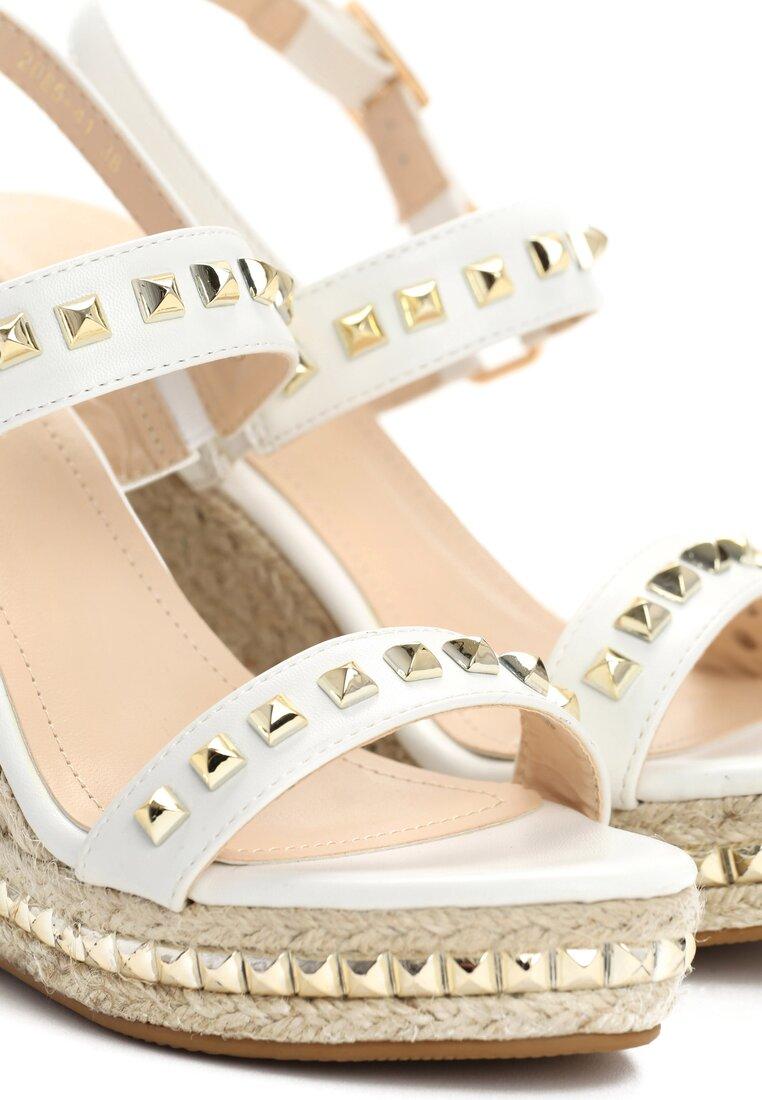 Białe Sandały Amazed