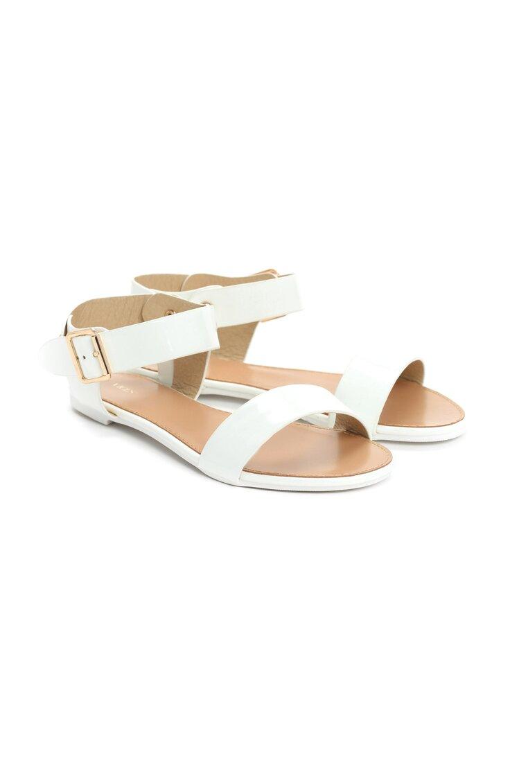 Białe Sandały Resfeber