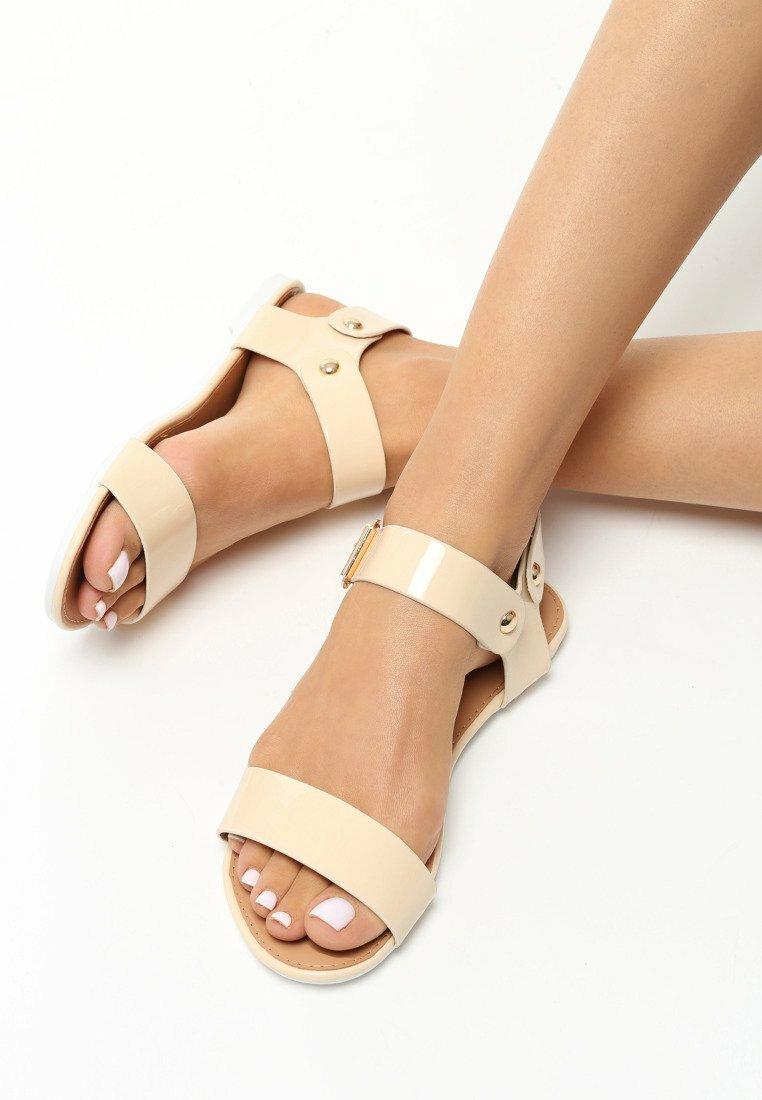 Beżowe Sandały Now or Never