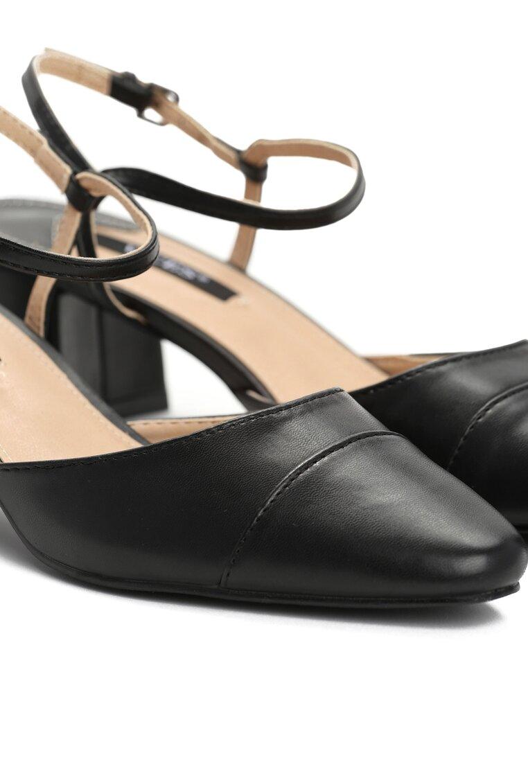 Czarne Sandały Naris