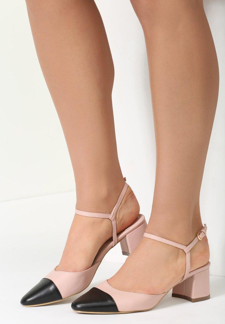 Różowe Sandały Naris