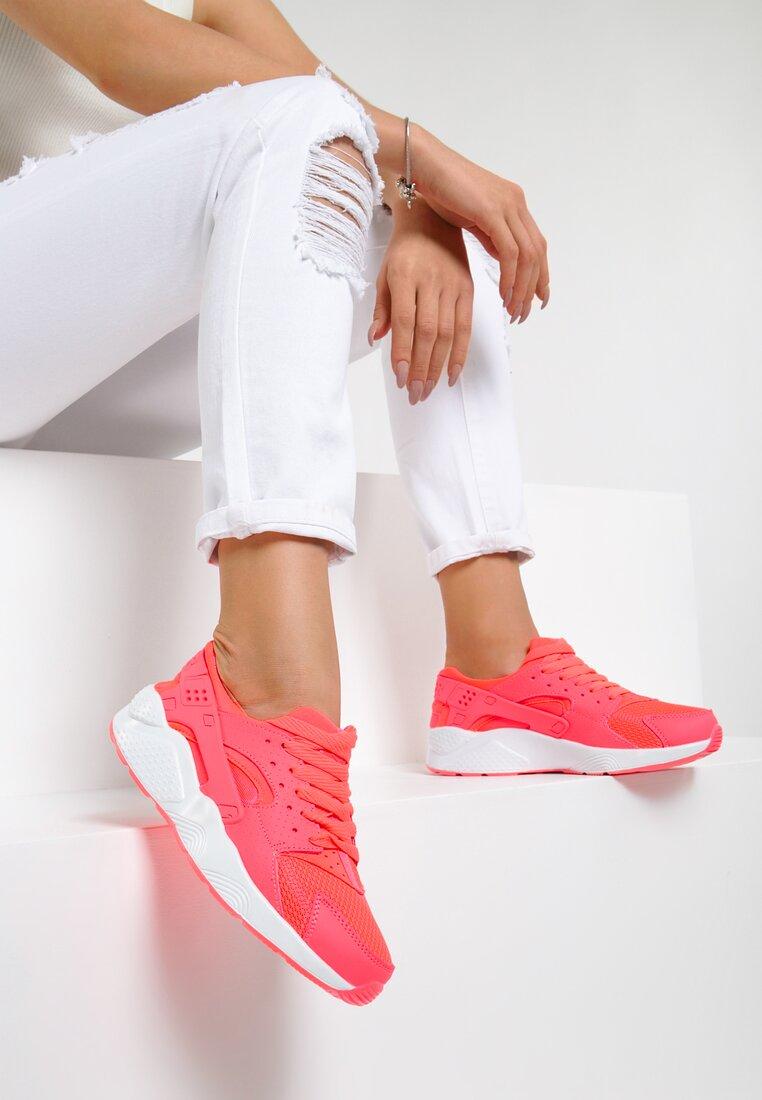 Koralowe Buty Sportowe Flexible