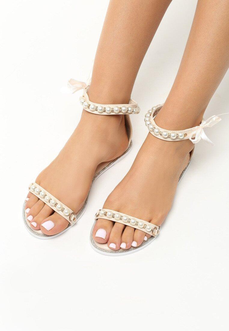 Beżowe Sandały As A Rule