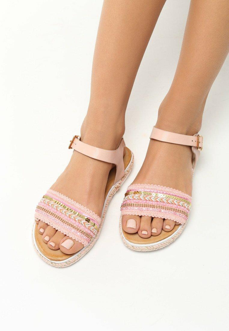 Różowe Sandały Blessings