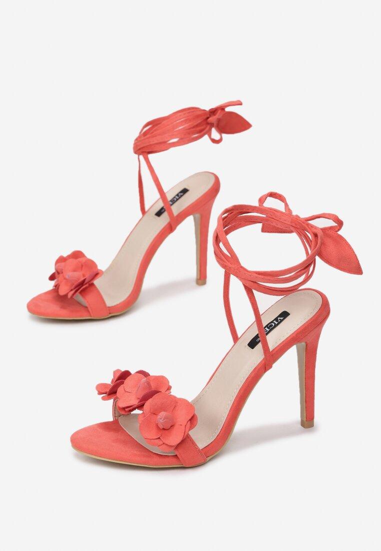 Koralowe Sandały Boteh