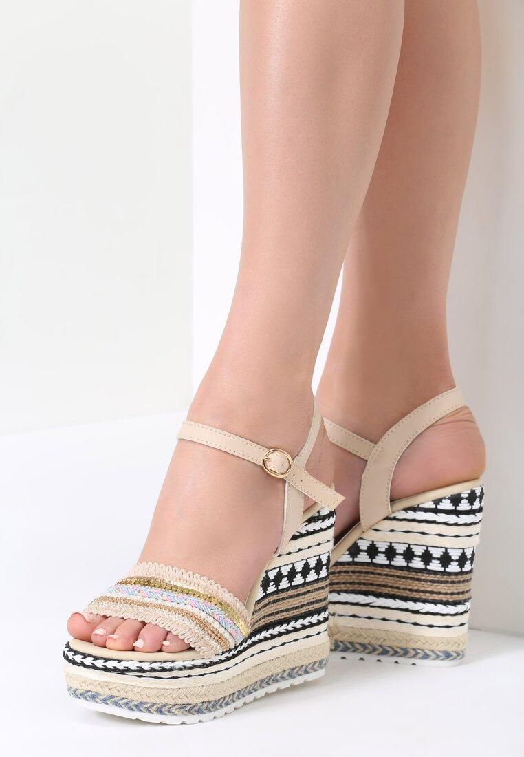 Beżowe Sandały Aztec Wedge