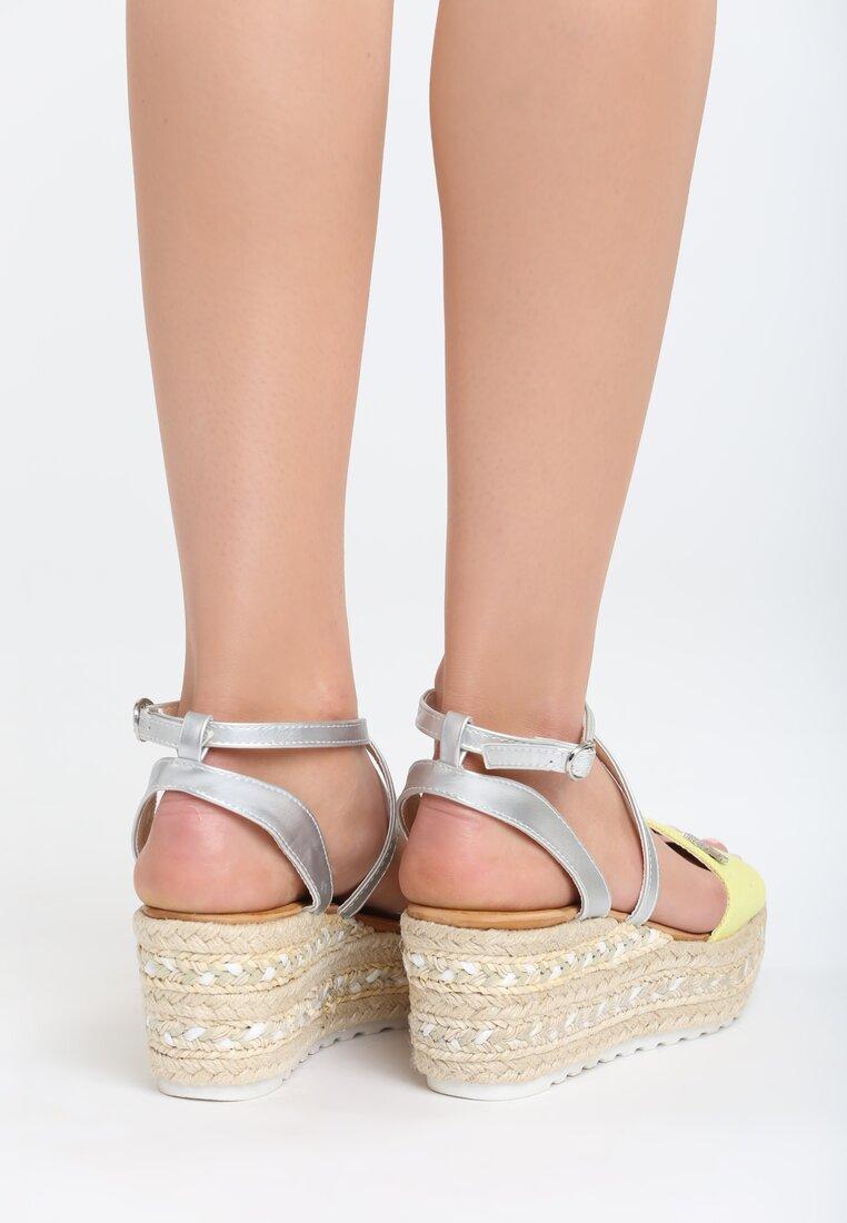 Żóte Sandały Sue Me
