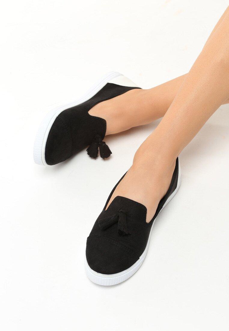 Czarne Slip On Leila