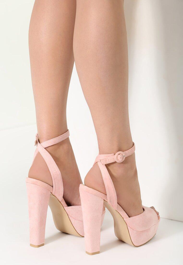 Różowe Sandały Stronger