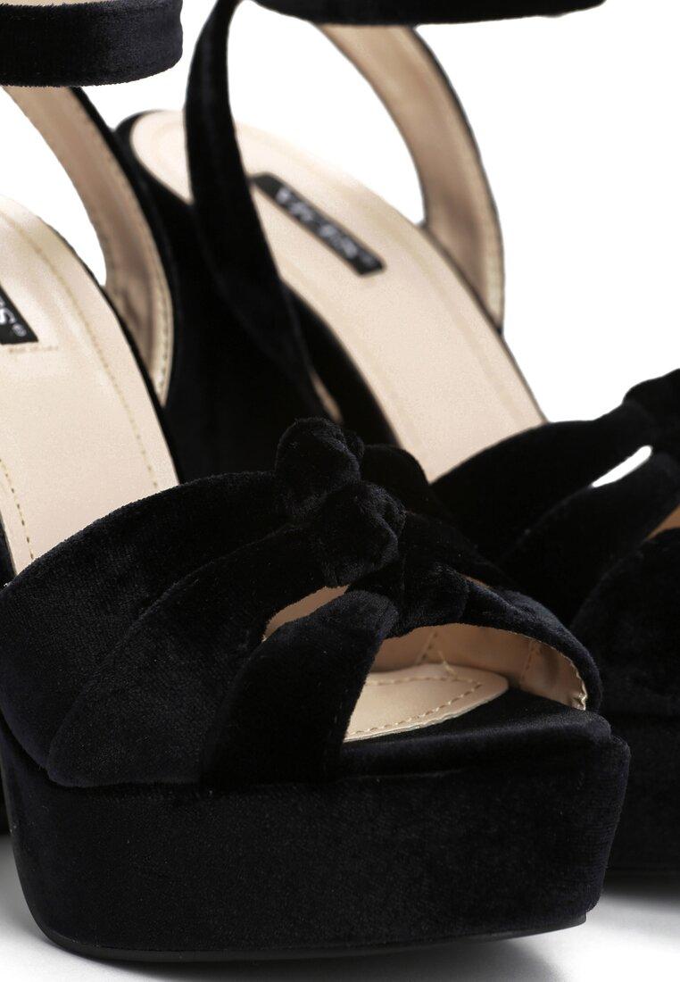 Czarne Sandały Destiny