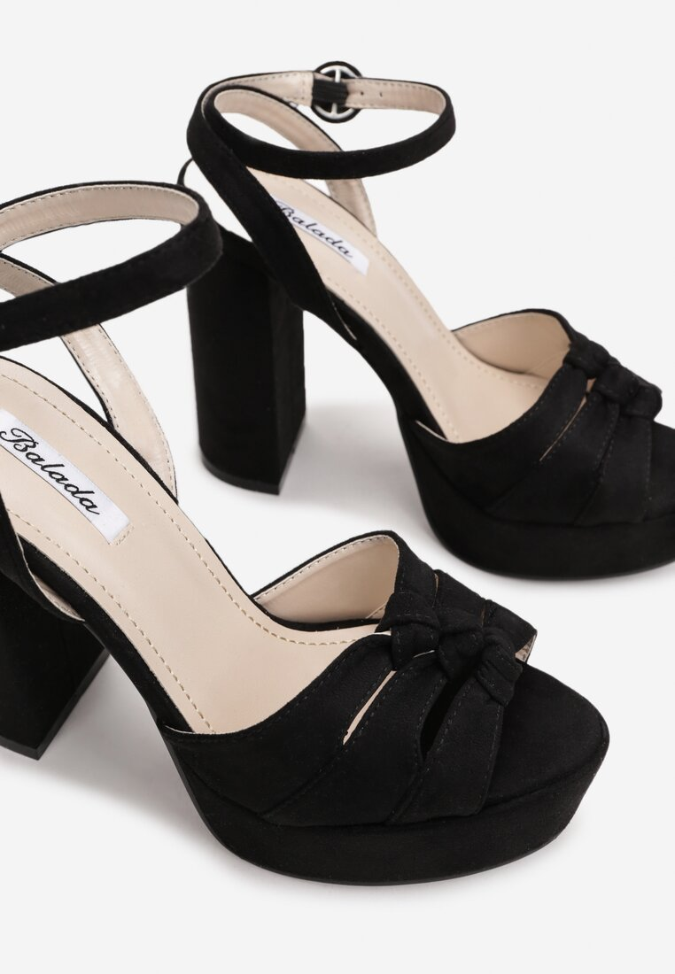 Czarne Sandały Fallon