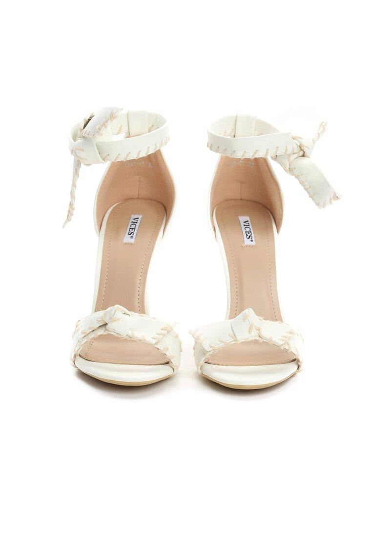 Białe Sandały Mercy