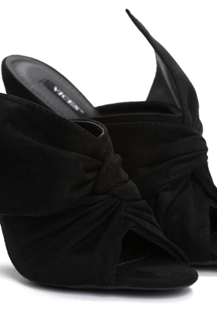 Czarne Klapki Cap