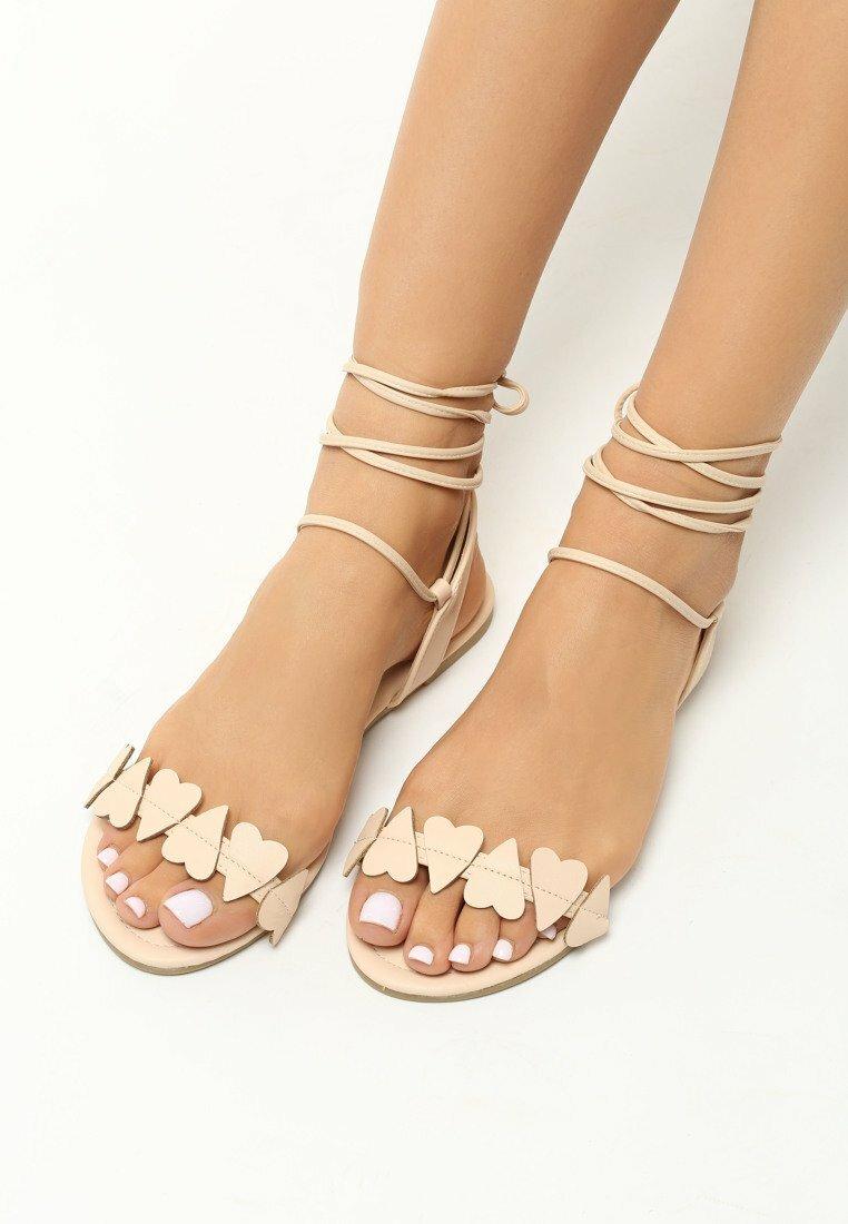Beżowe Sandały Essence of Love