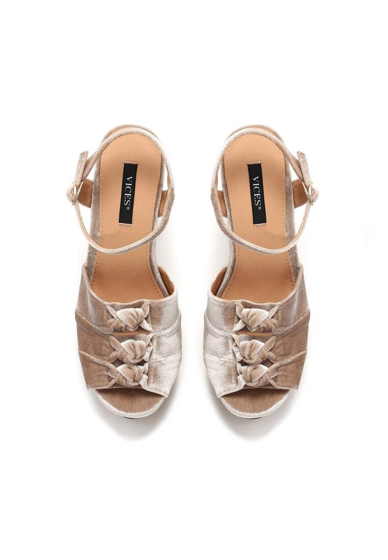 Ciemnobeżowe Sandały Ambrosia