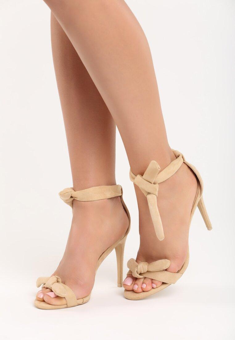Beżowe Sandały Evelia