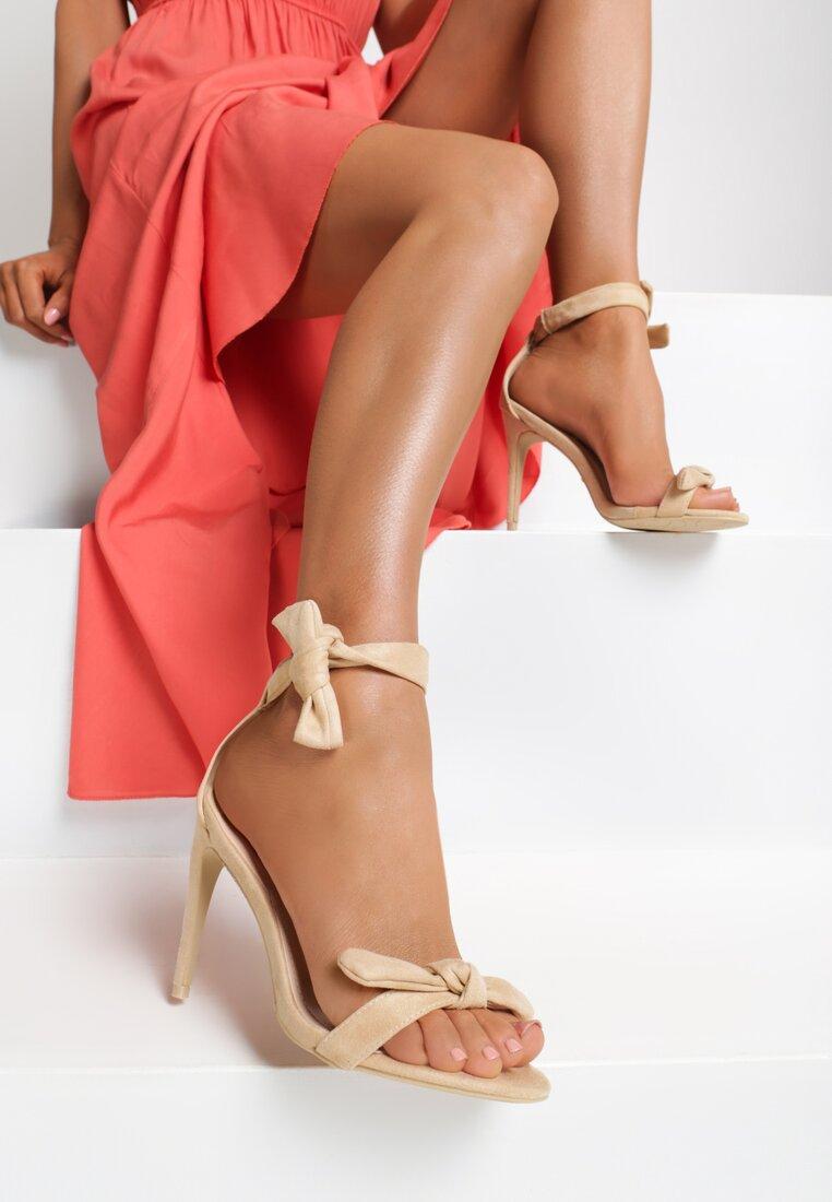 Beżowe Sandały Turquoise