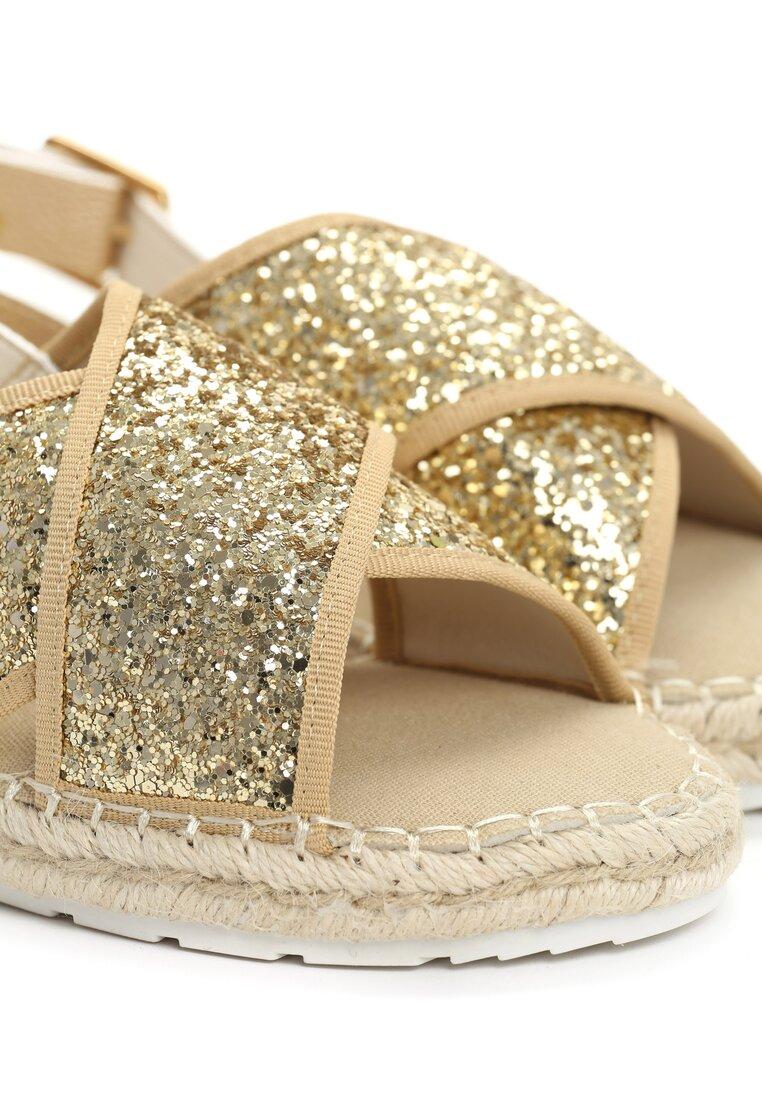 Złote Sandaly Croquis
