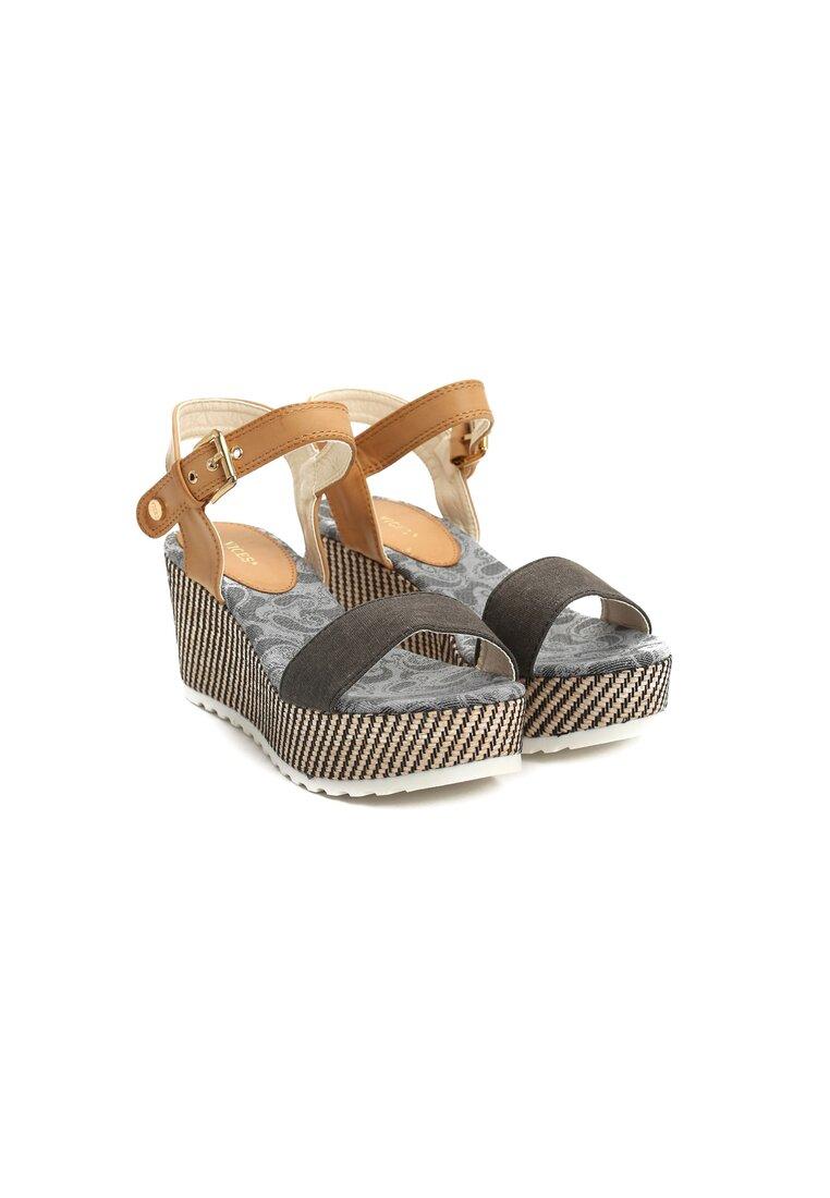 Czarne Sandały Chunk