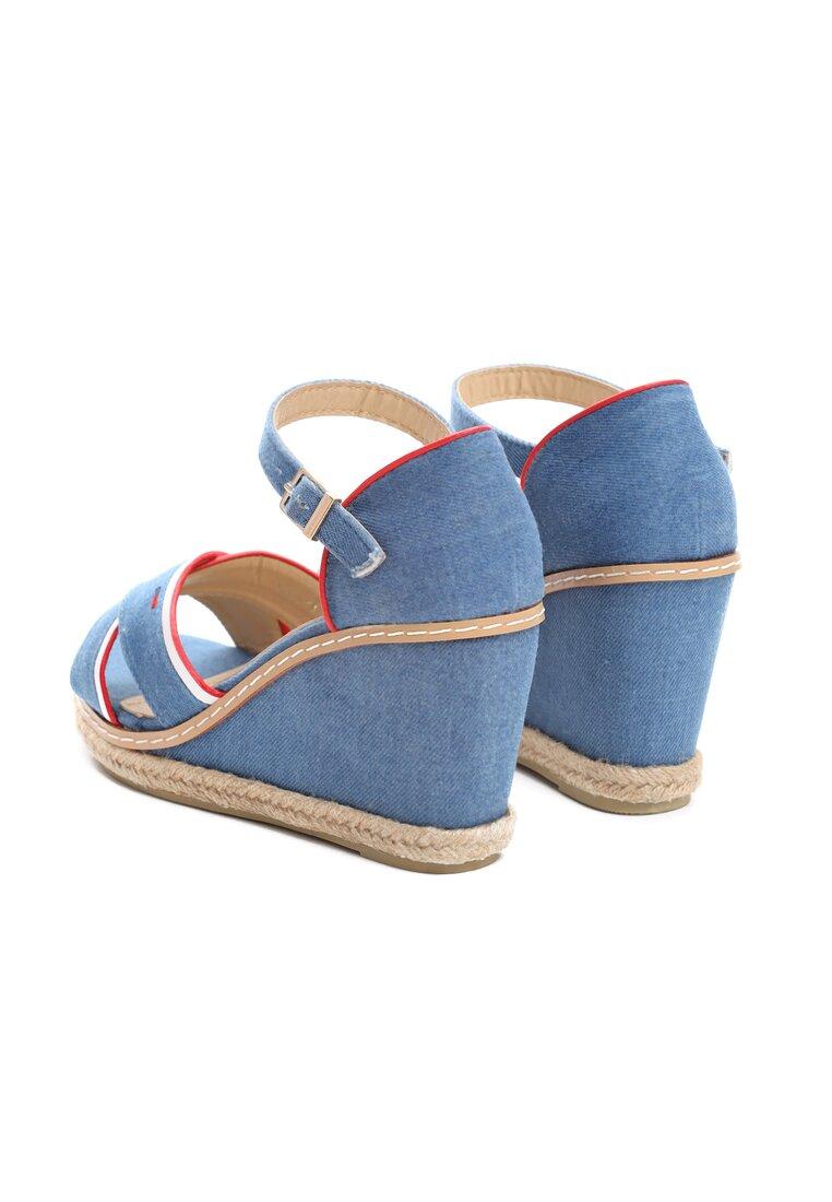Niebieskie Sandały For A Train