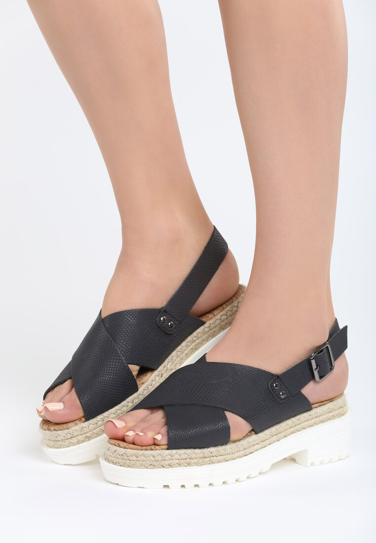 Czarne Sandały Delicate