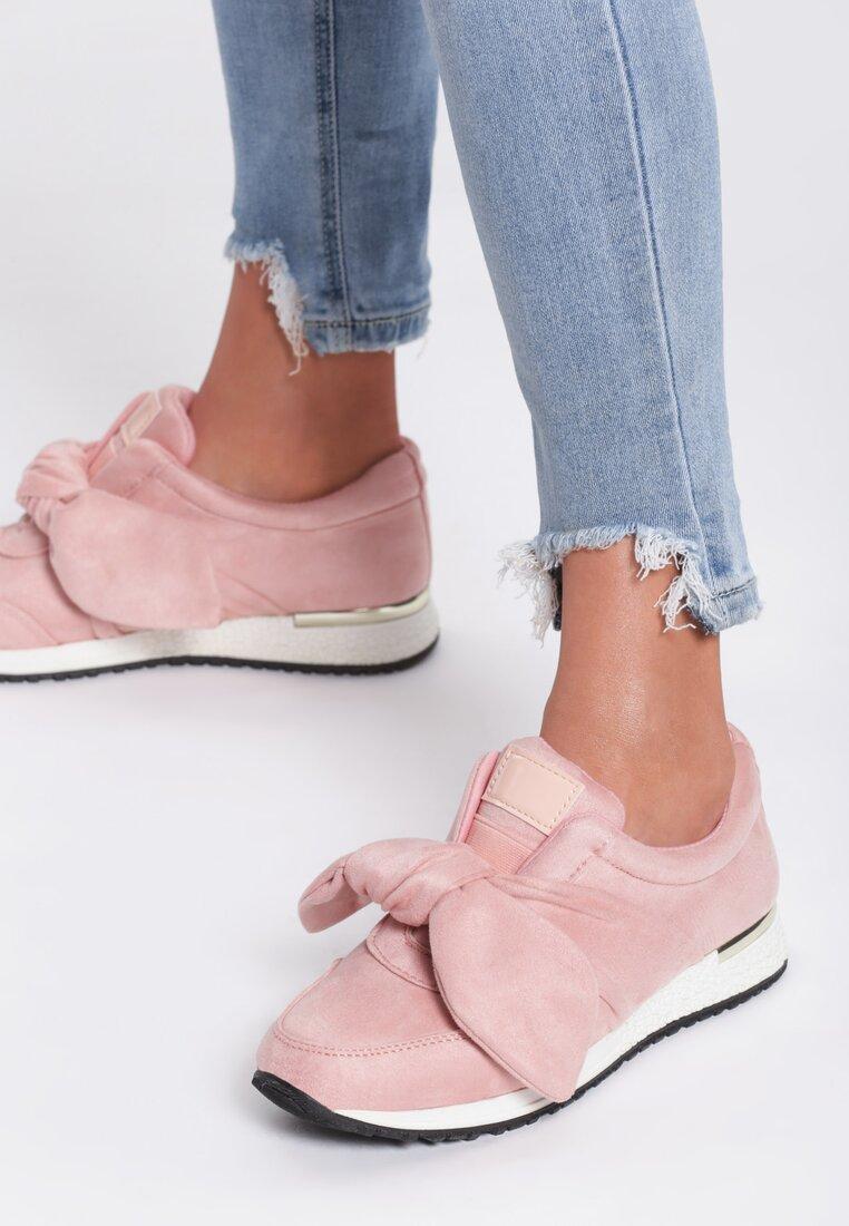 Różowe Buty Sportowe Instruction