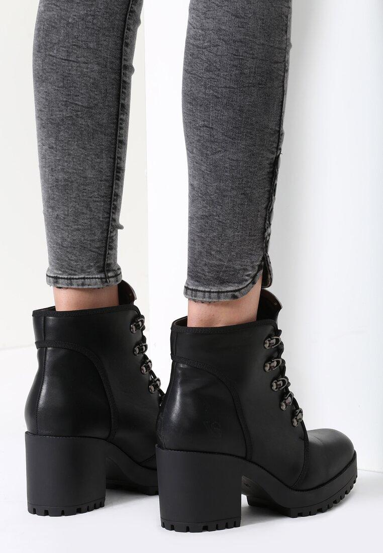 Czarne Botki Jim Shoes