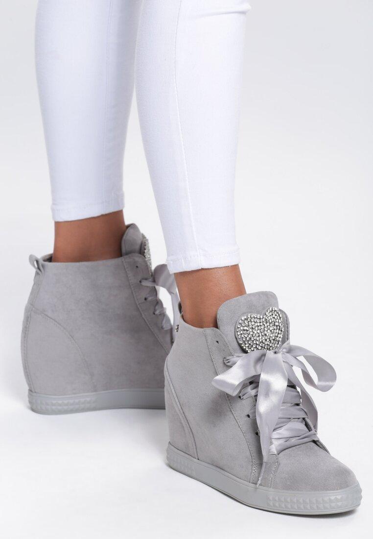 Szare Sneakersy Feminine