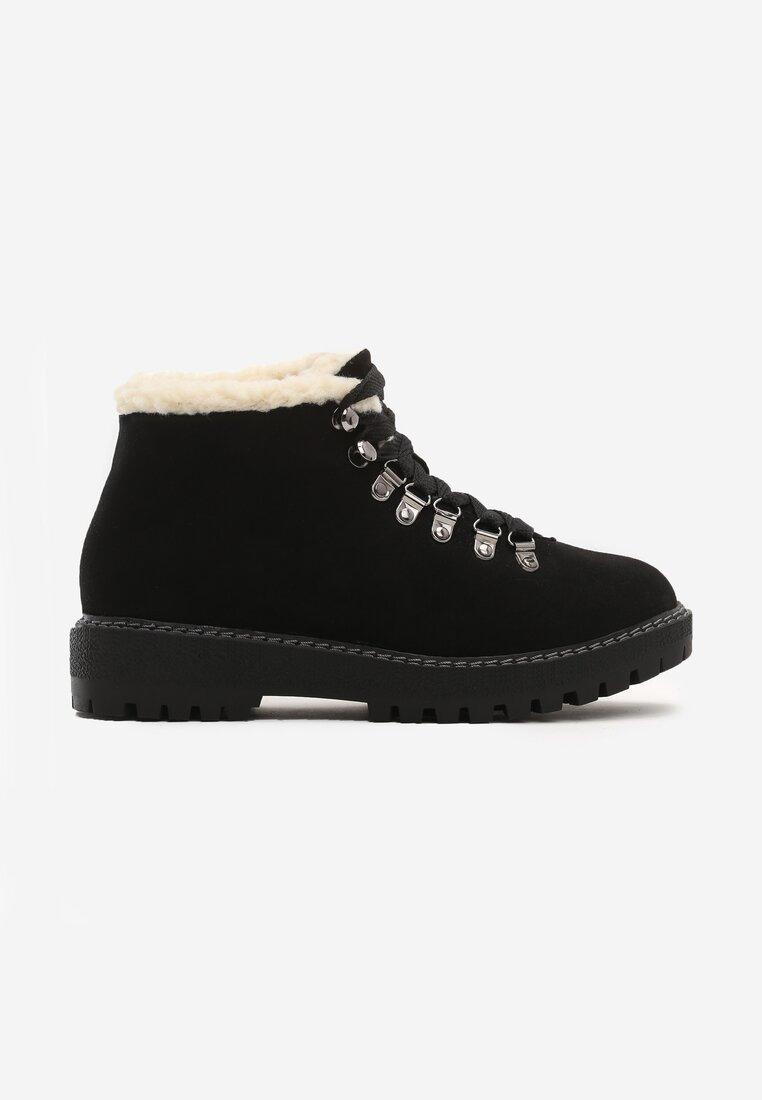 Czarne Traperki Want Them