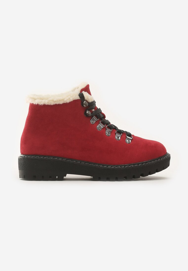 Czerwone Traperki Want Them