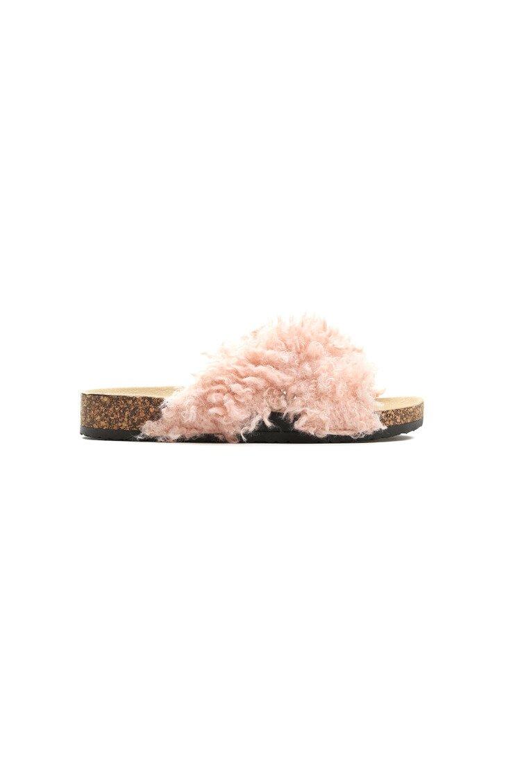 Różowe Klapki Terrier