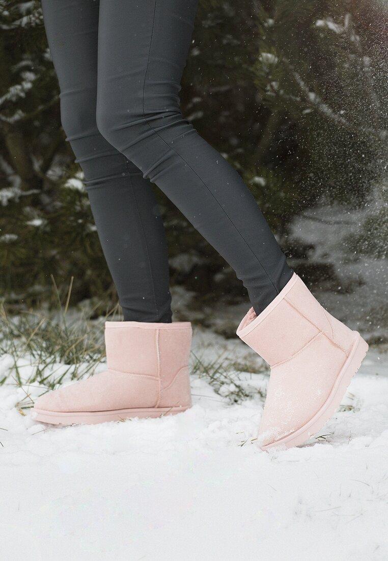 Różowe Śniegowce What's Going On