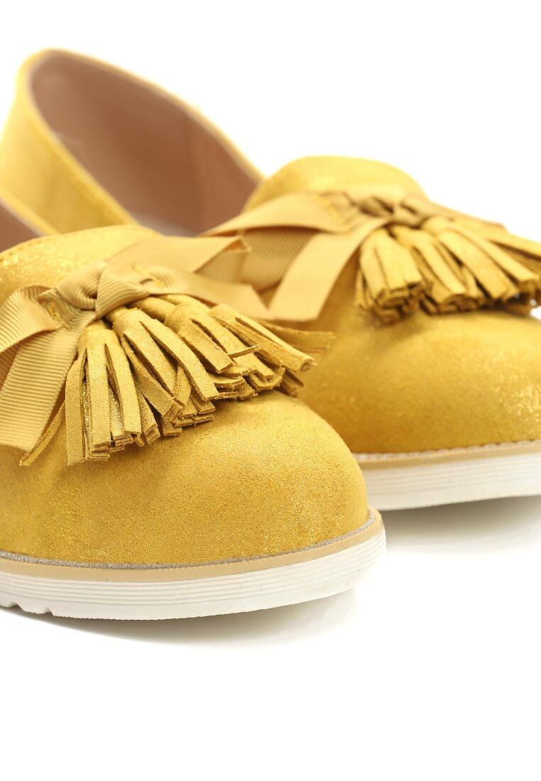 Żółte Mokasyny Piping
