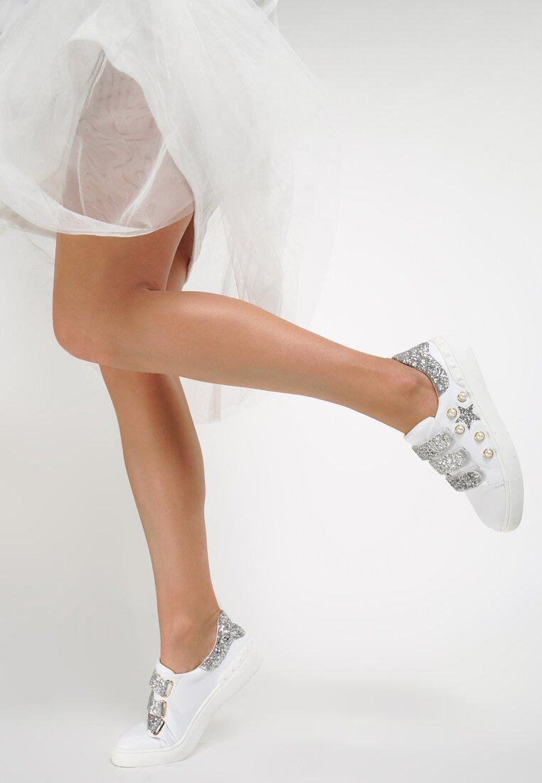 Białe Buty Sportowe Laugh in Face