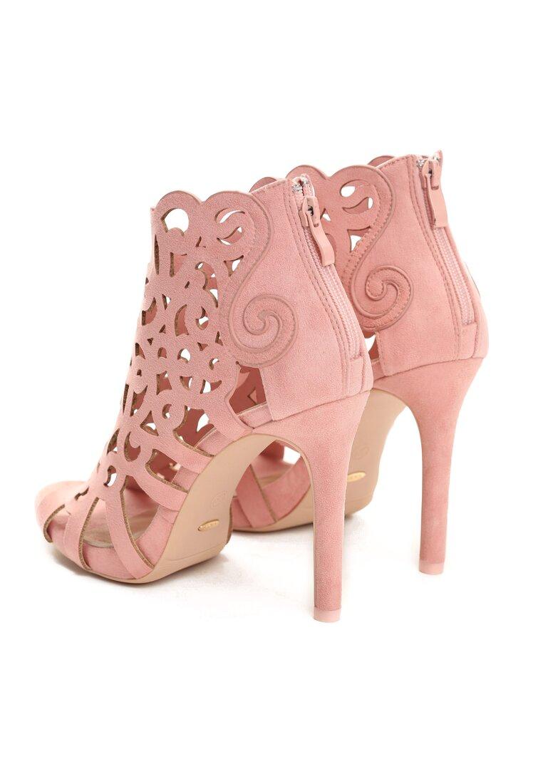 Różowe Sandały Holey