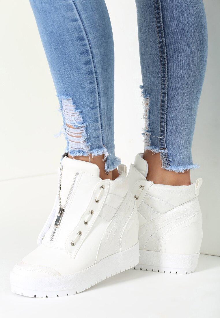 Białe Sneakersy It's Me