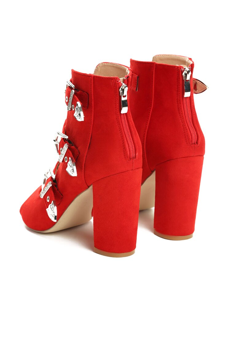 Czerwone Sandały Got A Perfect Look